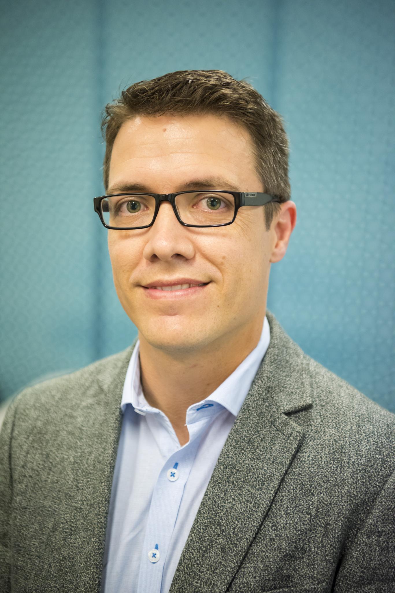 Dr Peter Hendy - Bsc, MBBS, FRACP