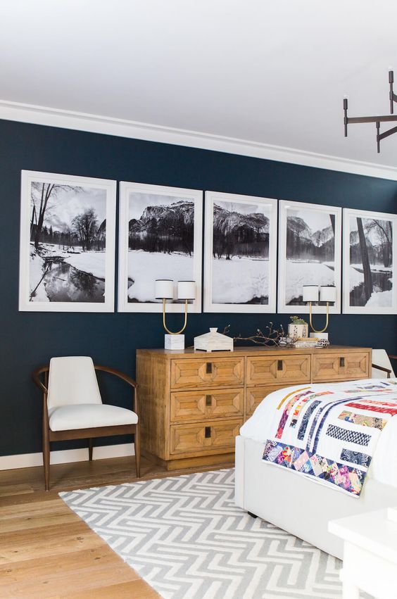 For the orderly:I love this idea of a panoramic- choose a place or subject you really love and the same frames to create a view your heart never tires of.
