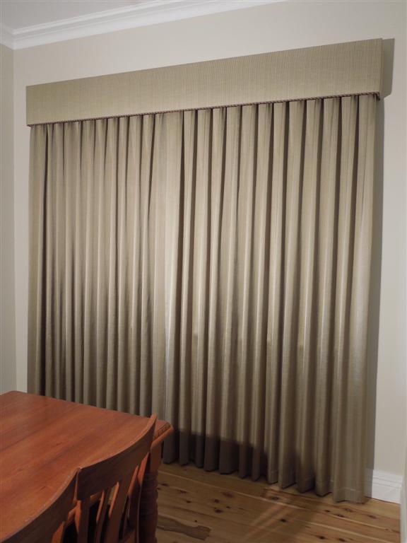 Curtains 124 (Large).jpg