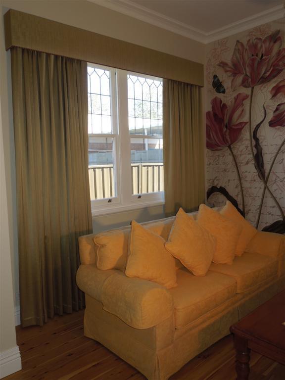 Curtains 127.jpg