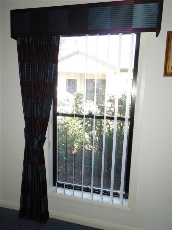 Curtains 322.jpg