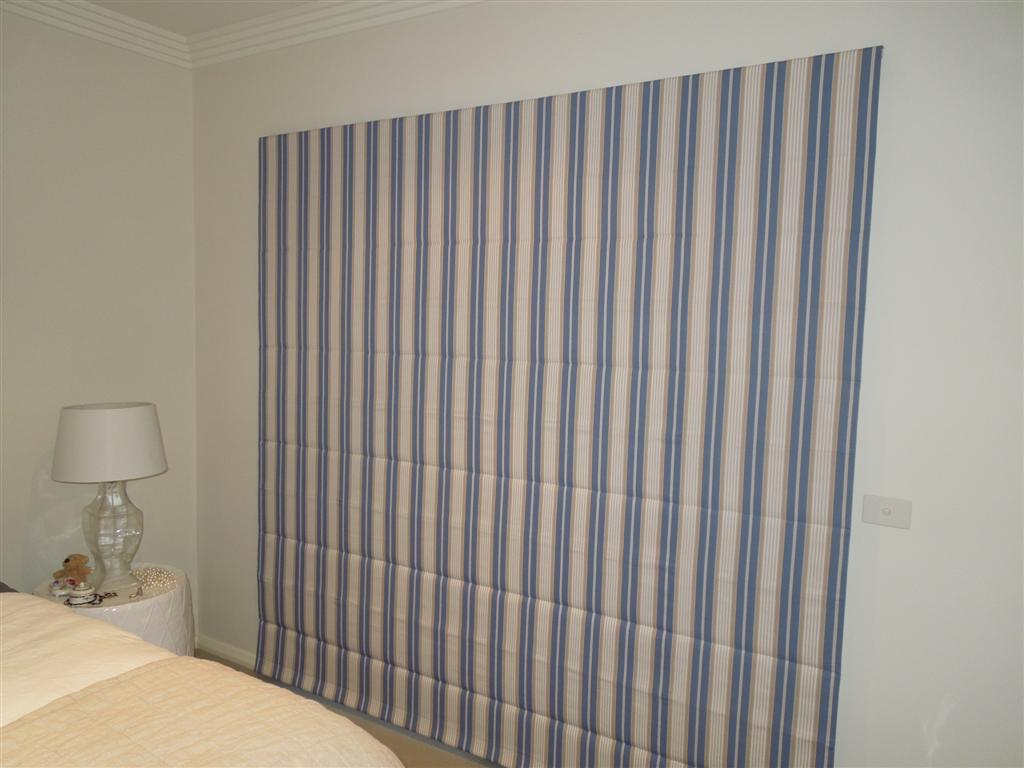 Curtains 385.jpg