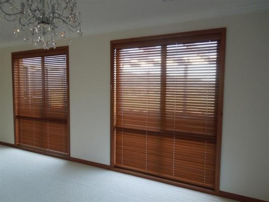 Curtains 421-533x400.jpg