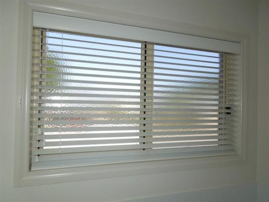 Curtains 535-533x400.jpg