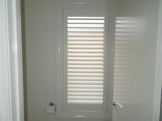 Curtains 255-533x400.jpg