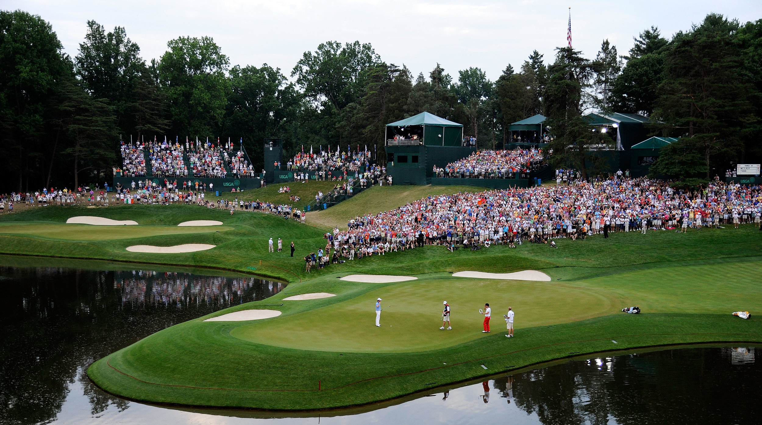 Crowd-picture-at-US-Masters.jpg