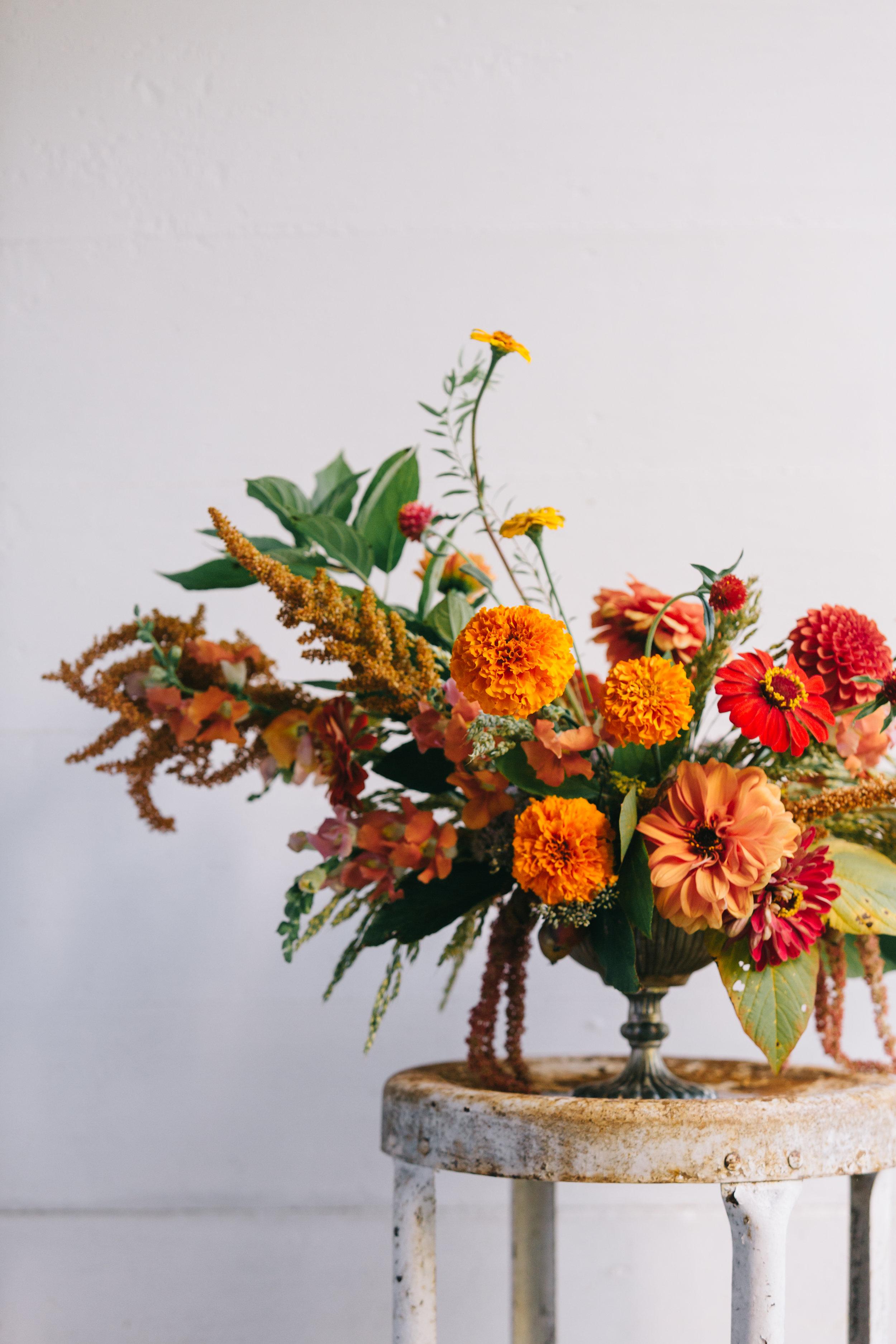 Arrangement by Elizabeth at A Floral Note  Anna Hedges Photography