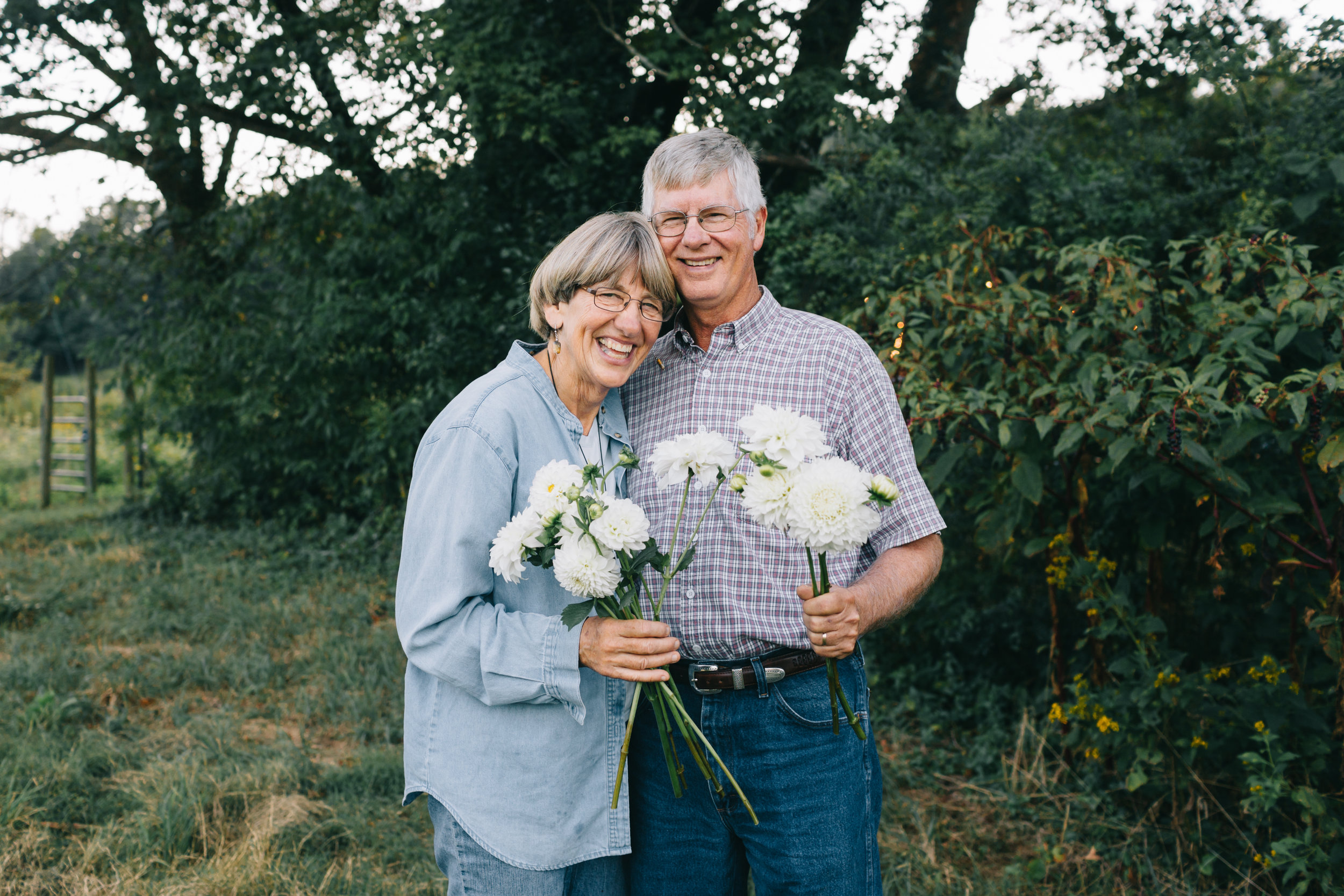 Linda Doan & husband of Aunt Willie's Wildflowers  Anna Hedges Photography