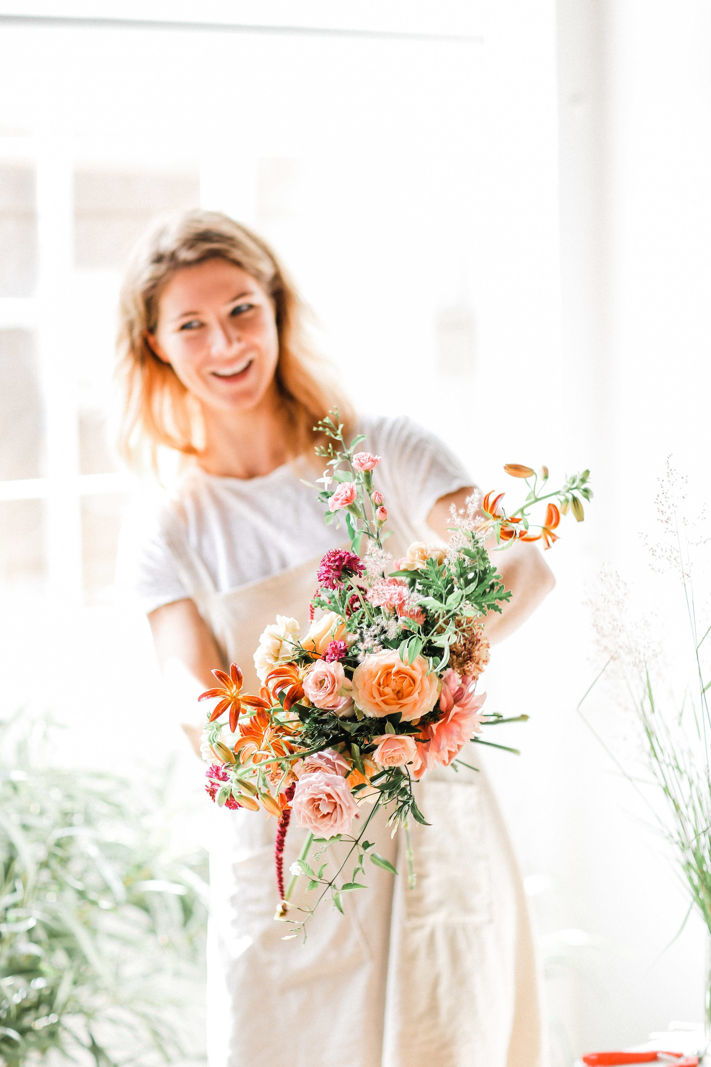 Tanya of Oh Flora Studio _ Floral Design workshop _ Lana Ivanova Photo.JPG