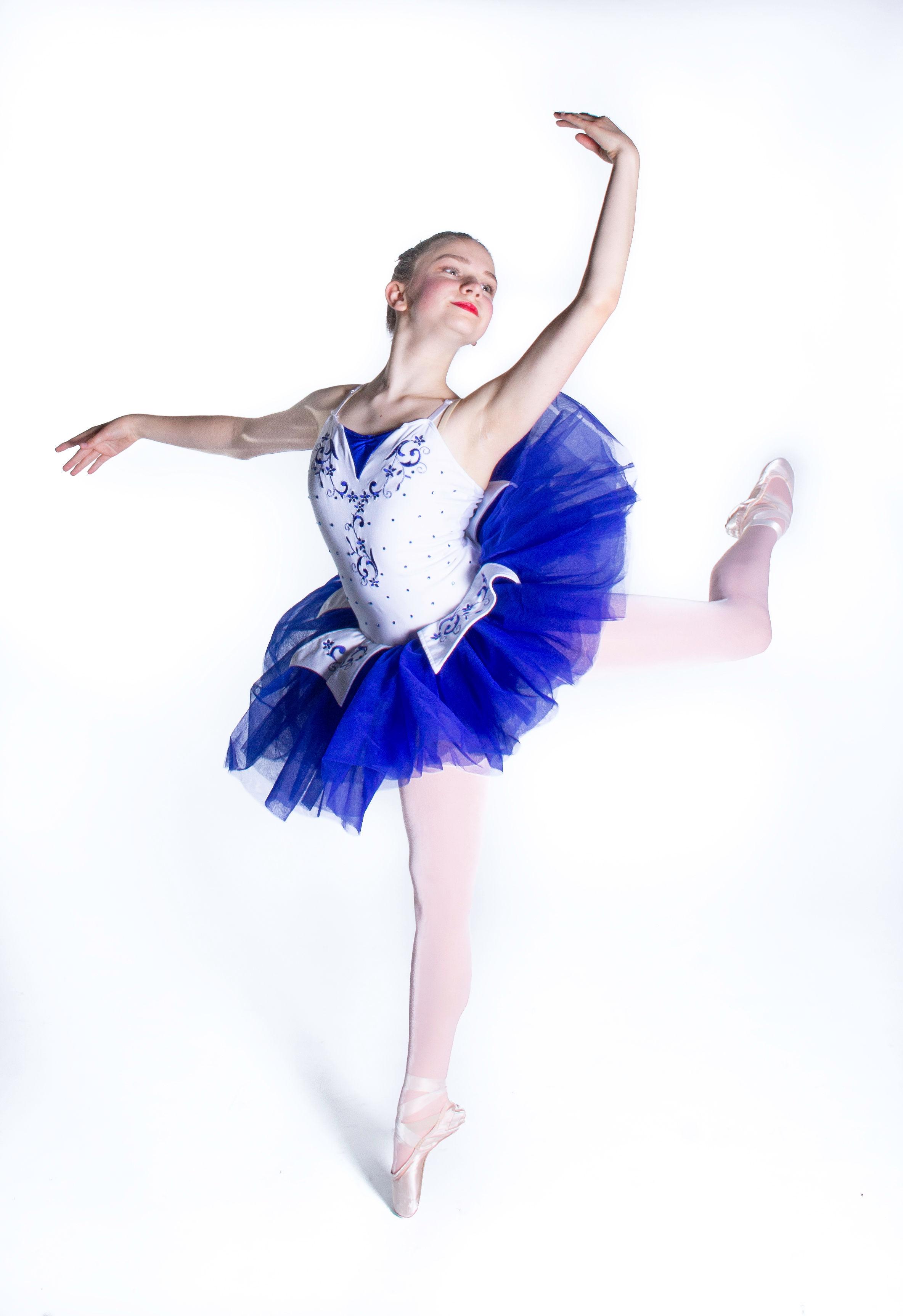 academy of ballet fantastique student, lindsey wingard (age 13) photo: gustavo ramirez