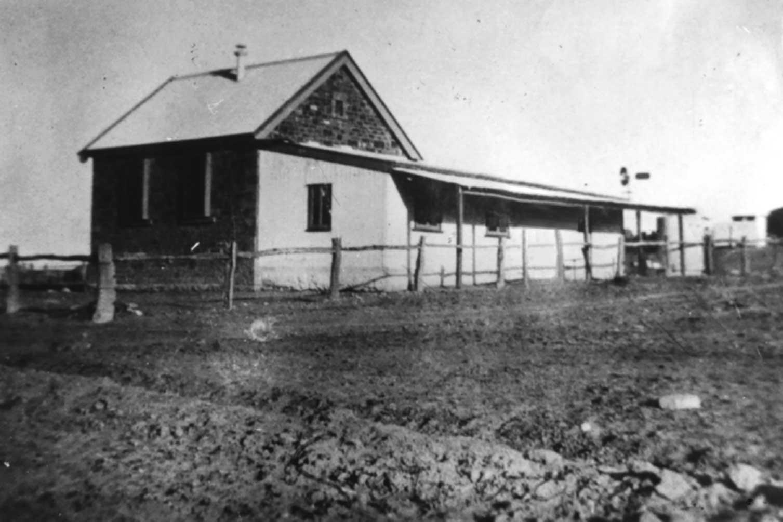 School building 1928