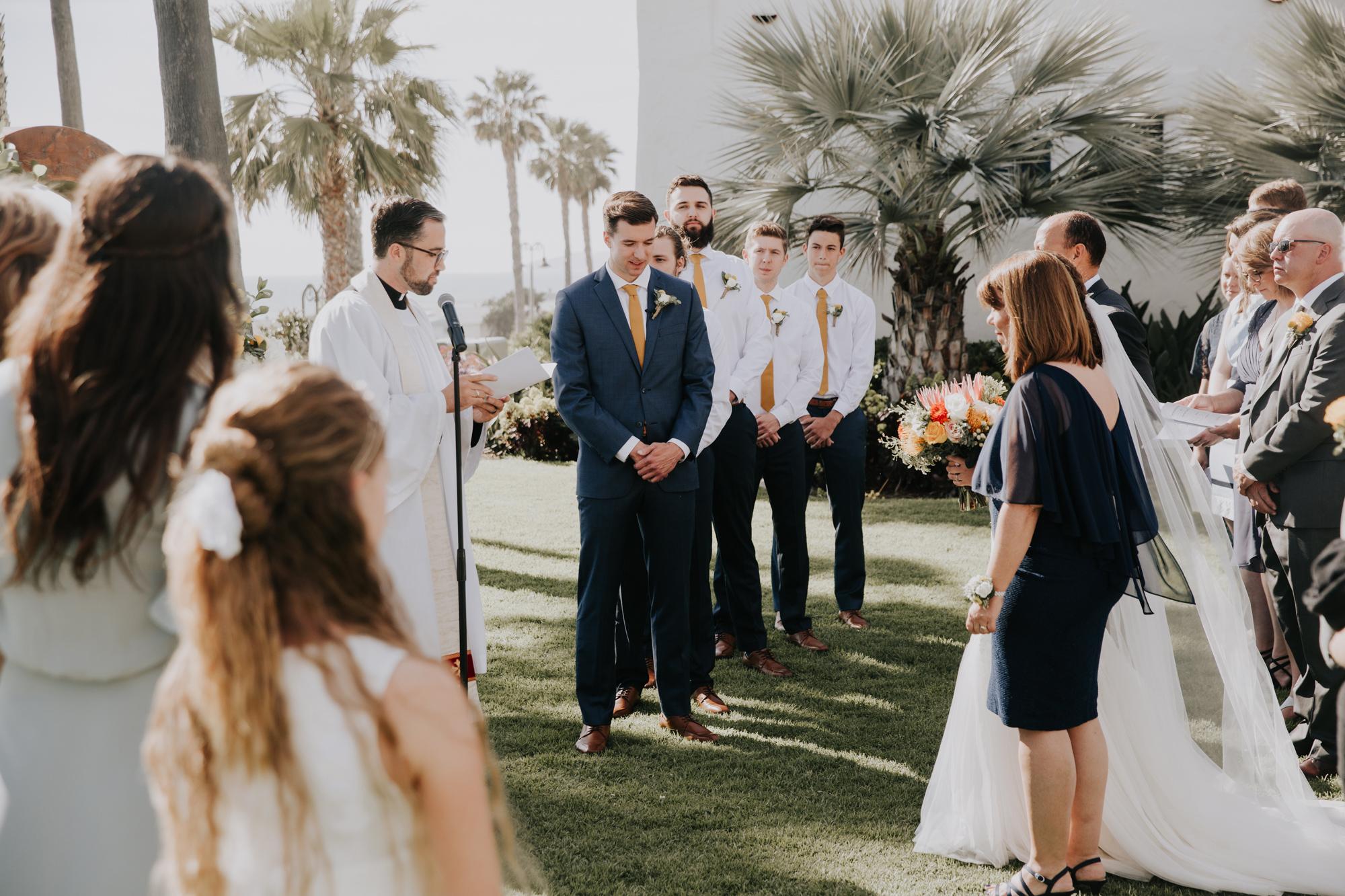 087-destination-wedding-san-clemente-california.jpg