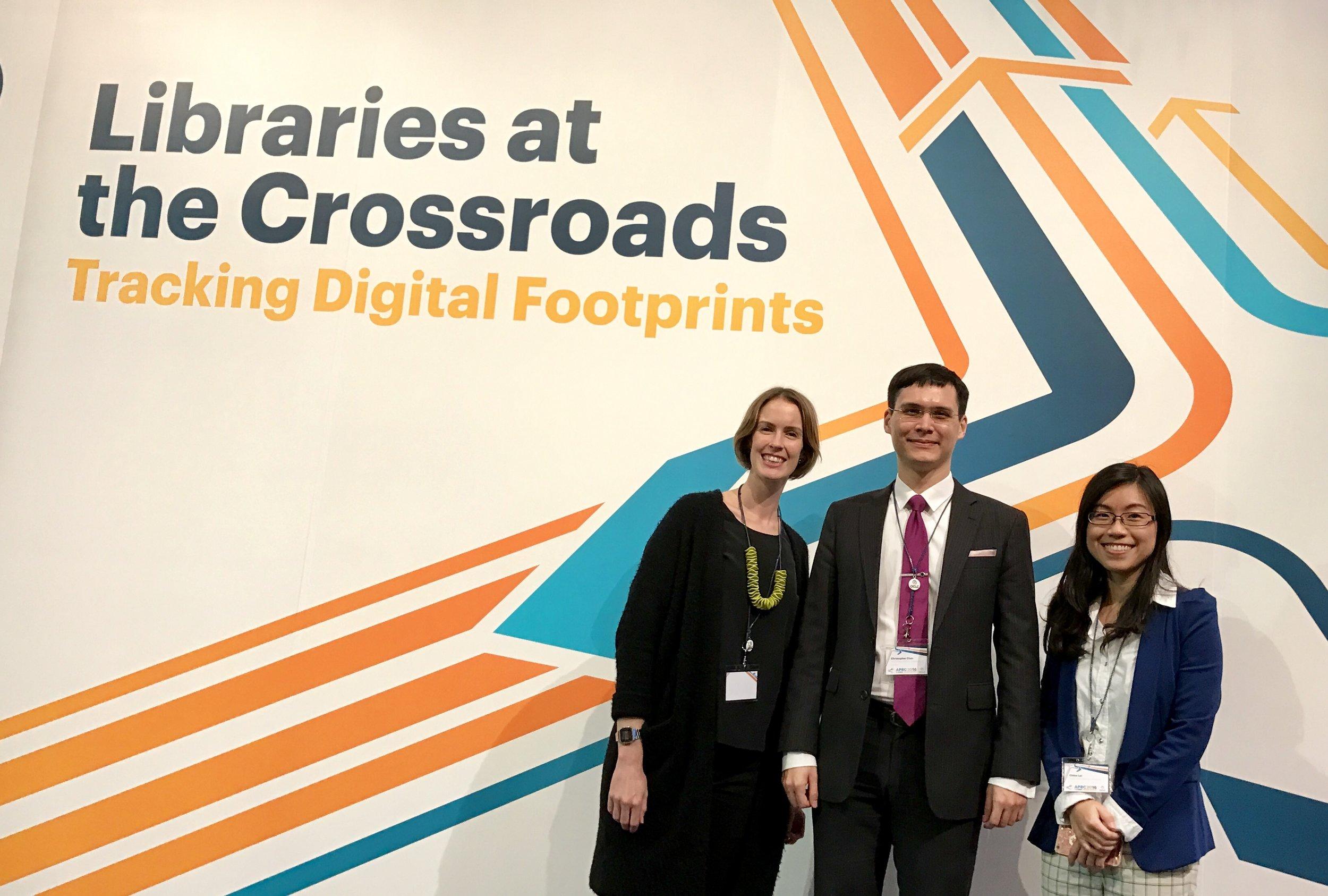 HKLC representing at OCLC!! Thanks Lolita Kwok for taking the photo :-)