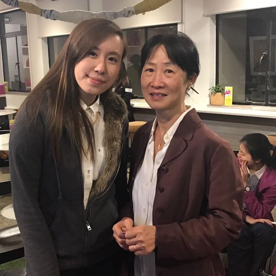 Right: Pauline Lam (CityU Library)   Left: Gigi Wong (MIS student, HKU)