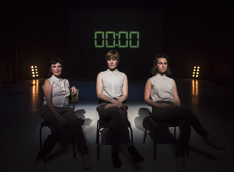 Hellen Sky, Michelle Ferris, and Georgia Bettens performing in Martin Hansen's  If it's all in my veins  by Gregory Lorenzutti