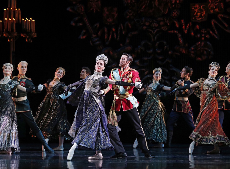 Graeme Murphy's  Nutcracker — The Story of Clara , performed by The Australian Ballet, 2017, photographed by Jeff Busby