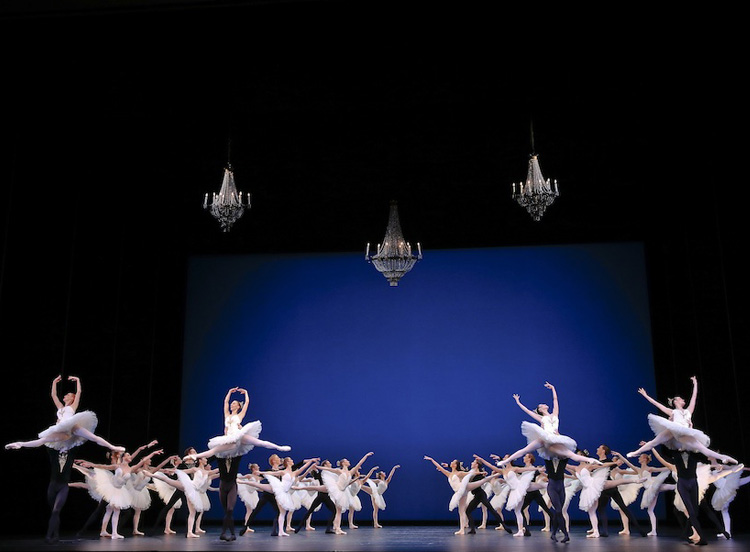 Artists of The Australian Ballet perform  Symphony in C , 2017, photographed by Jeff Busby