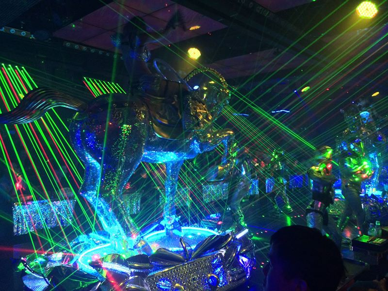 '14 Tokyo team building with the Robot Restaurant