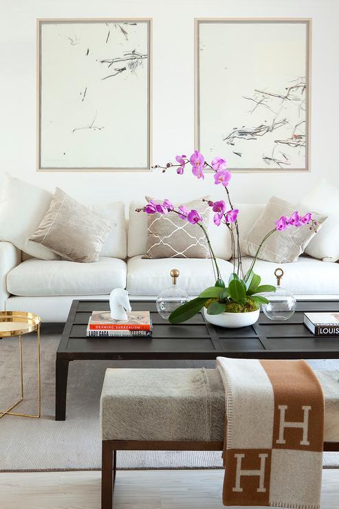 velvet.sofa.jpg