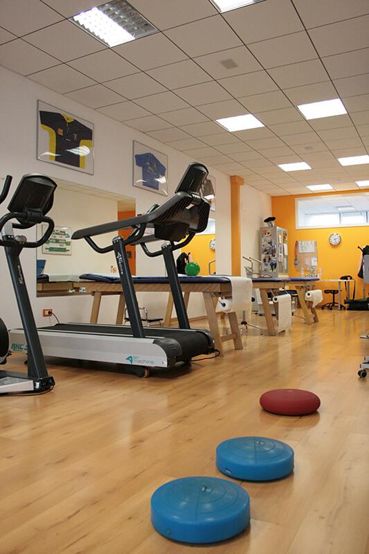 4-Top-Physio-Network-i-Centri-Nord-Rovigo-poliambulatorio-riabilitativo-equipe.jpg
