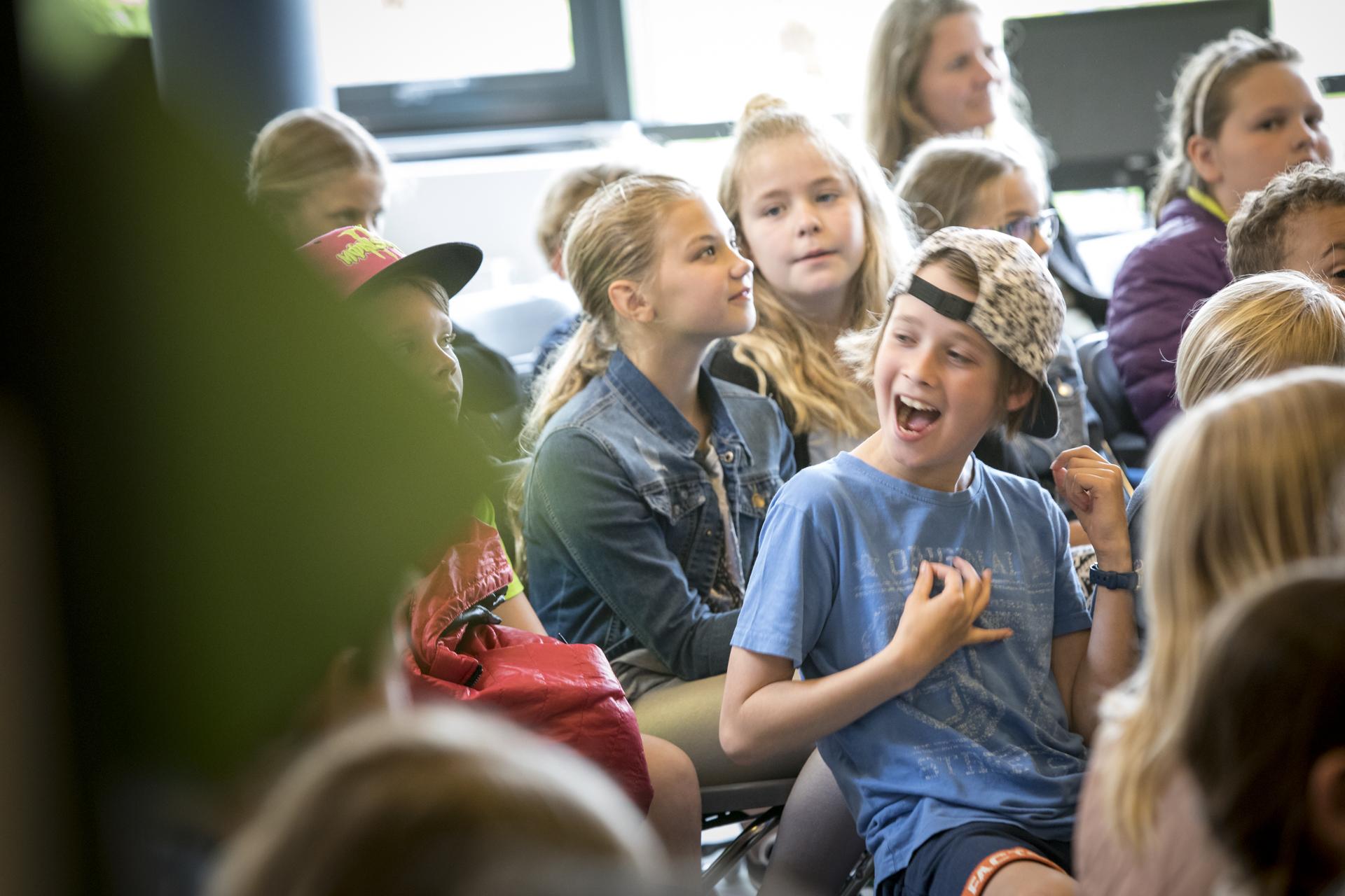 Sløngeldage fredag- web - Fotograf Per Bille-20170519-3044, glade børn.jpg