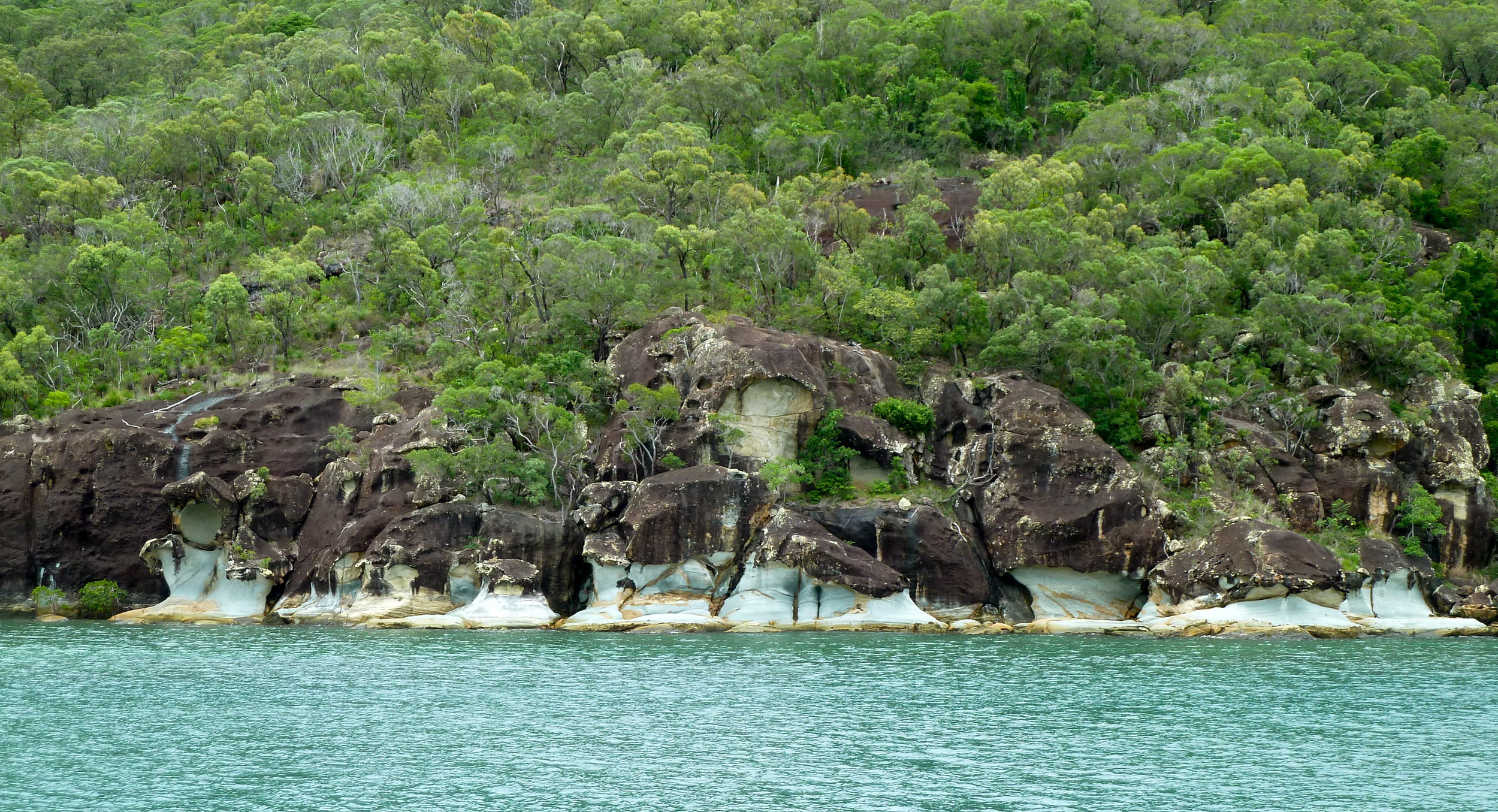 Sandstone formations in Nara Inlet, Hook Island