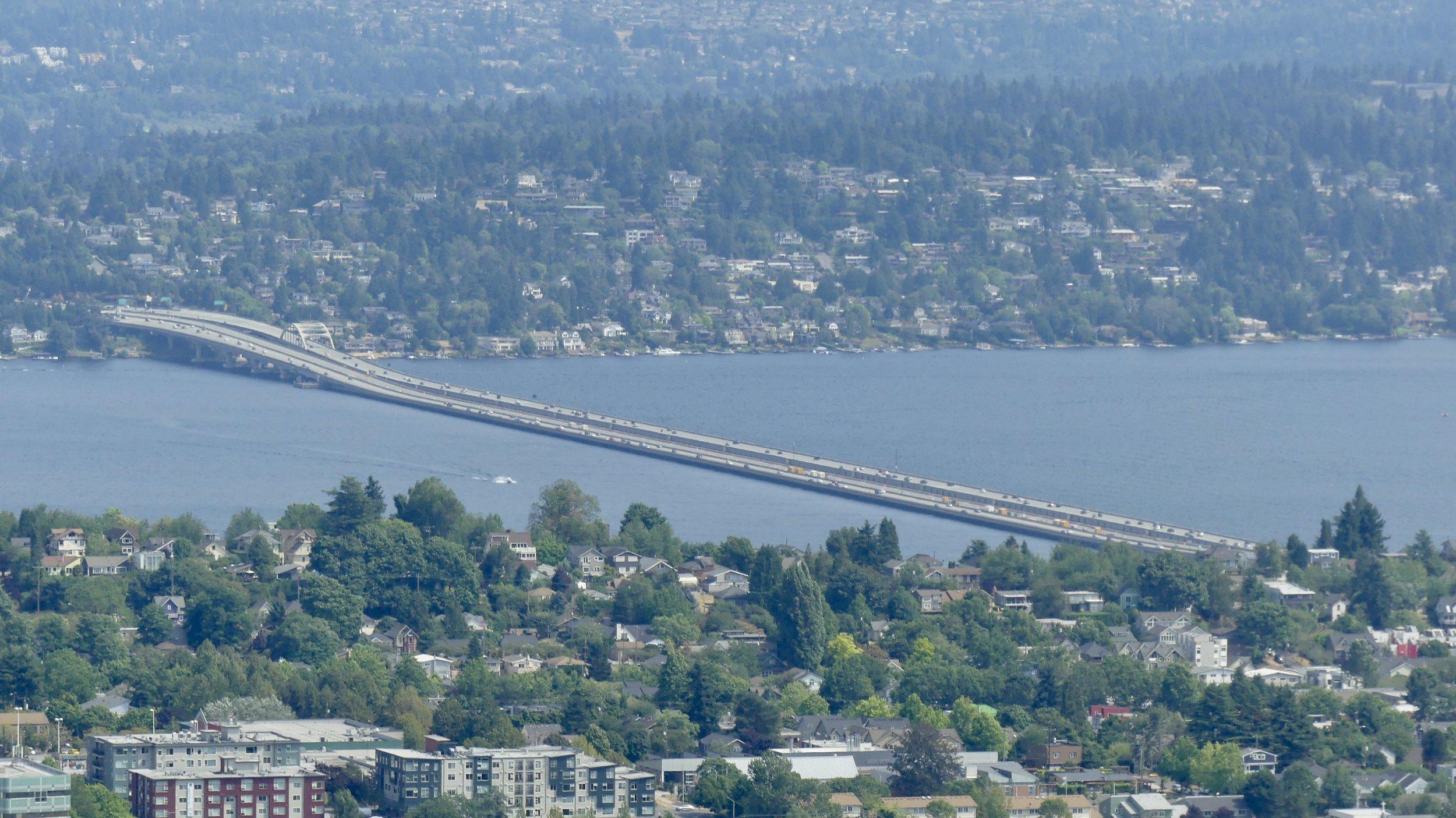 Evergreen Point Floating Bridge, the longest in the world (2350 metres), across Lake Washington