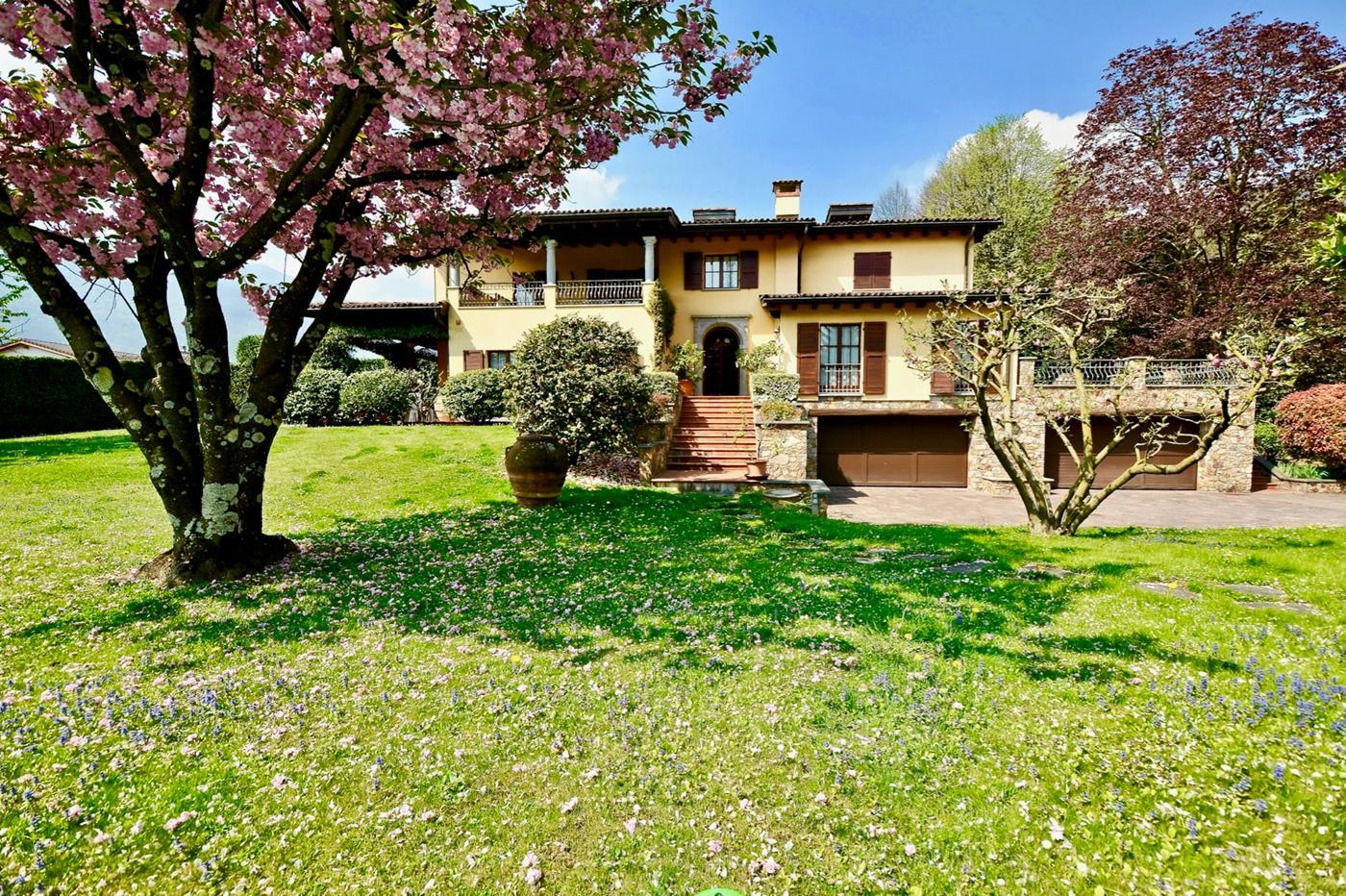 Villa di lusso in Ponte Capriasca in Canton Ticino da vendere