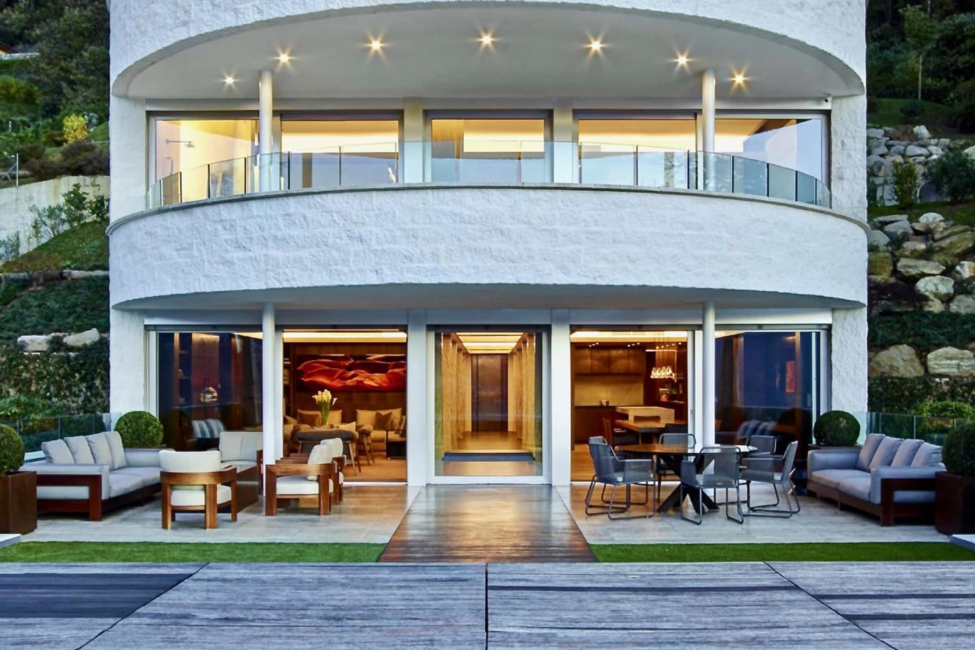 Appartement des Architekten Jim Olson an äusserst gesuchter Lage im Tessin, Schweiz zu verkaufen