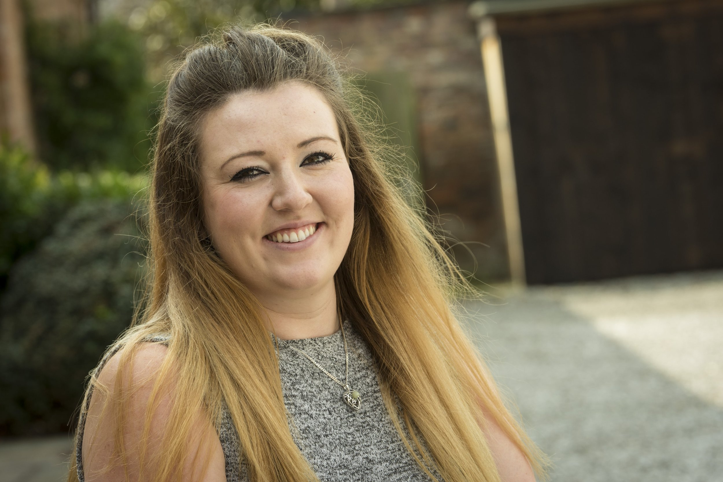 "Hannah Jones<a href=""/hannah-jones"">→</a><strong>Senior Credit Controller, North West</strong>"