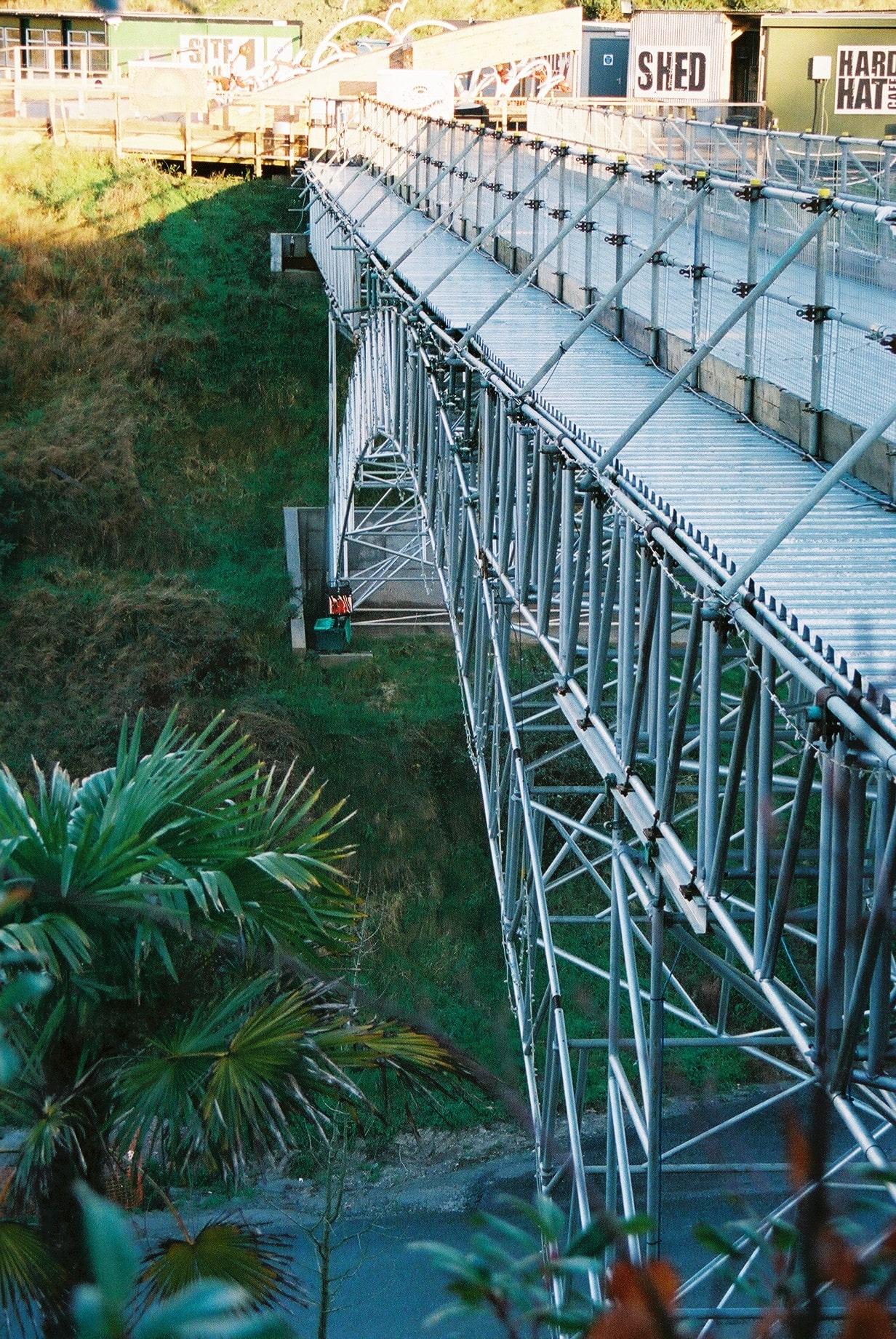 Temporary access bridge
