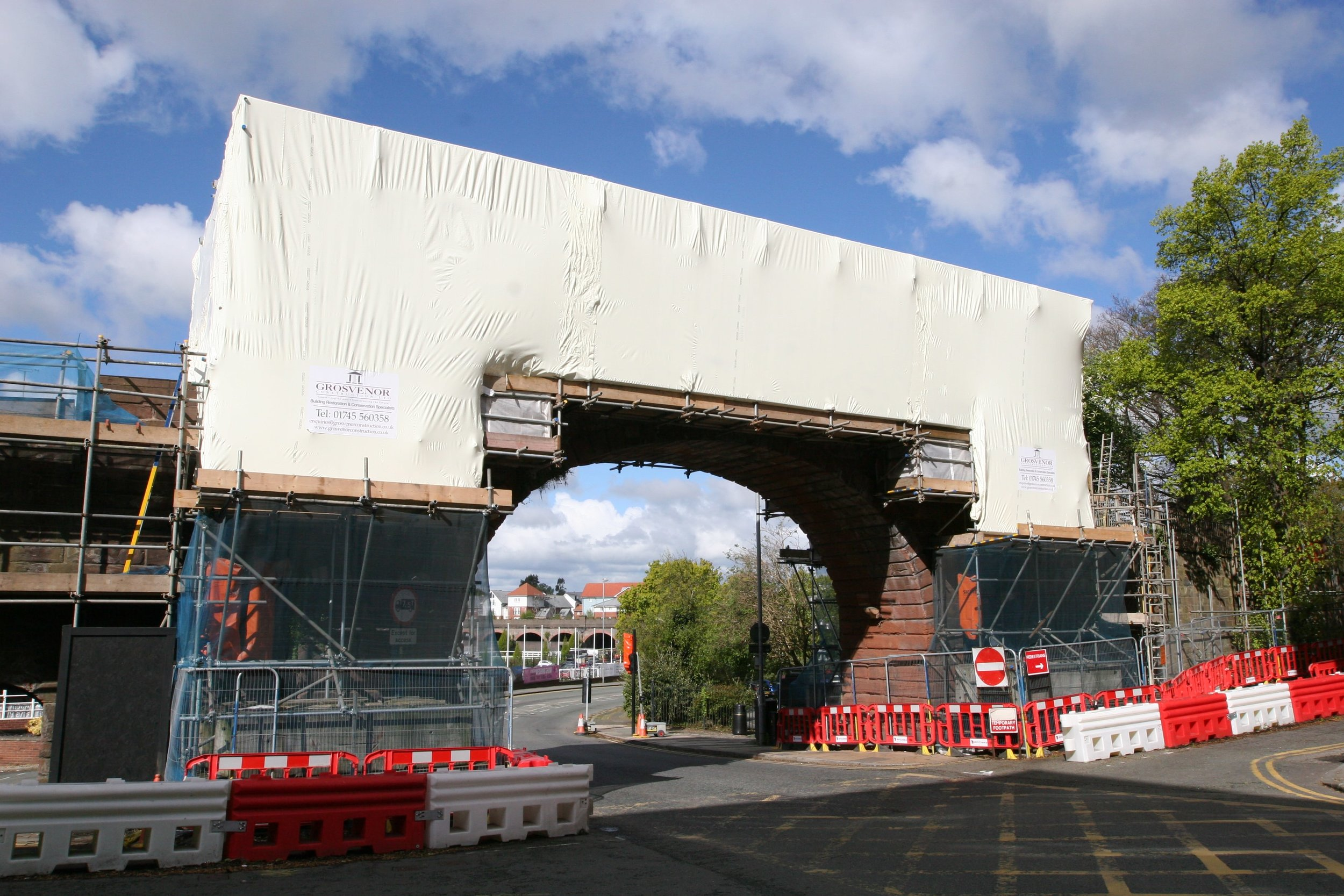 Temporary works for the restoration of Grade 1 listed structure in Chester