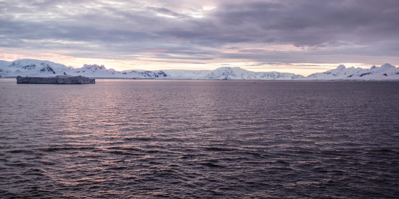 neko-harbour-sunset-12x6.jpg