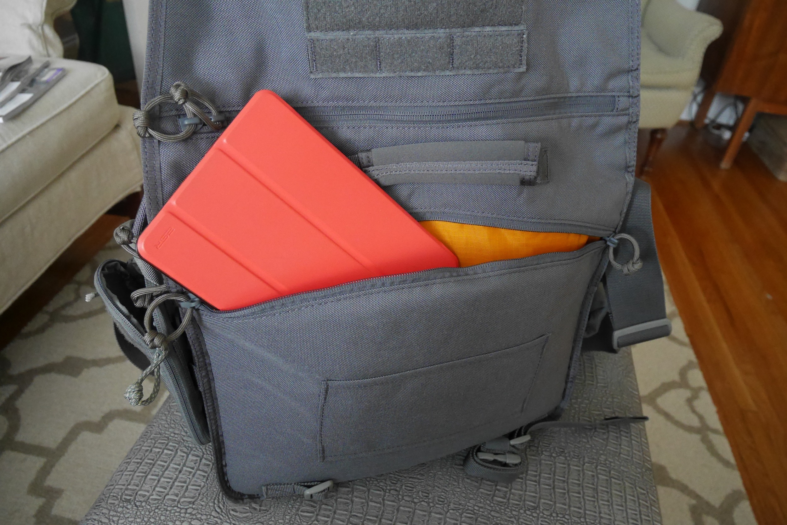 Rear Zippered Pocket
