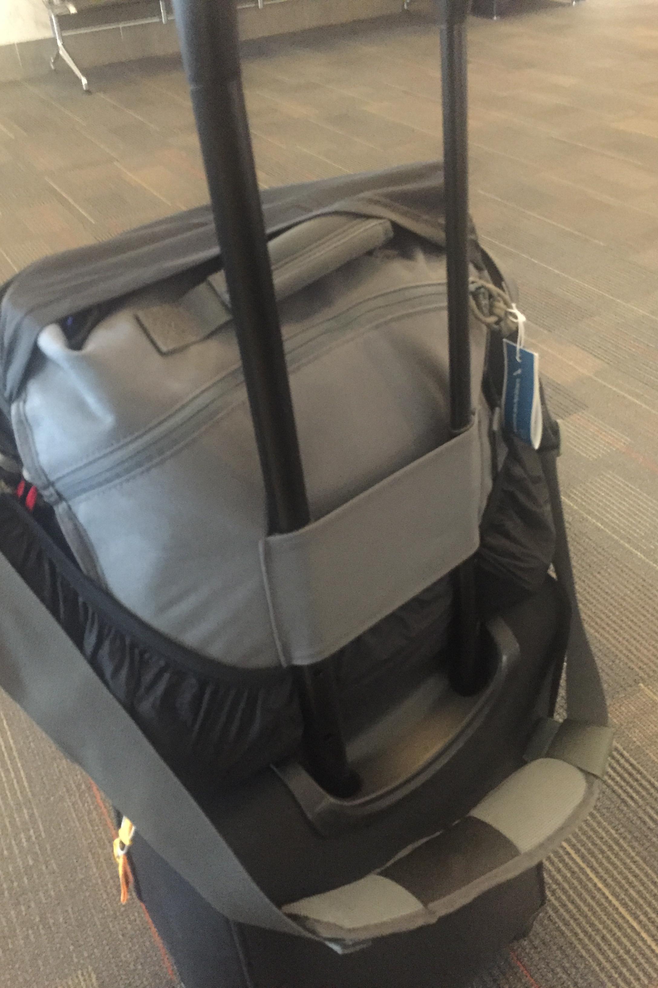 Vanquish SKITCH-12 bag wrapped in Retrospective 30 rain cover.