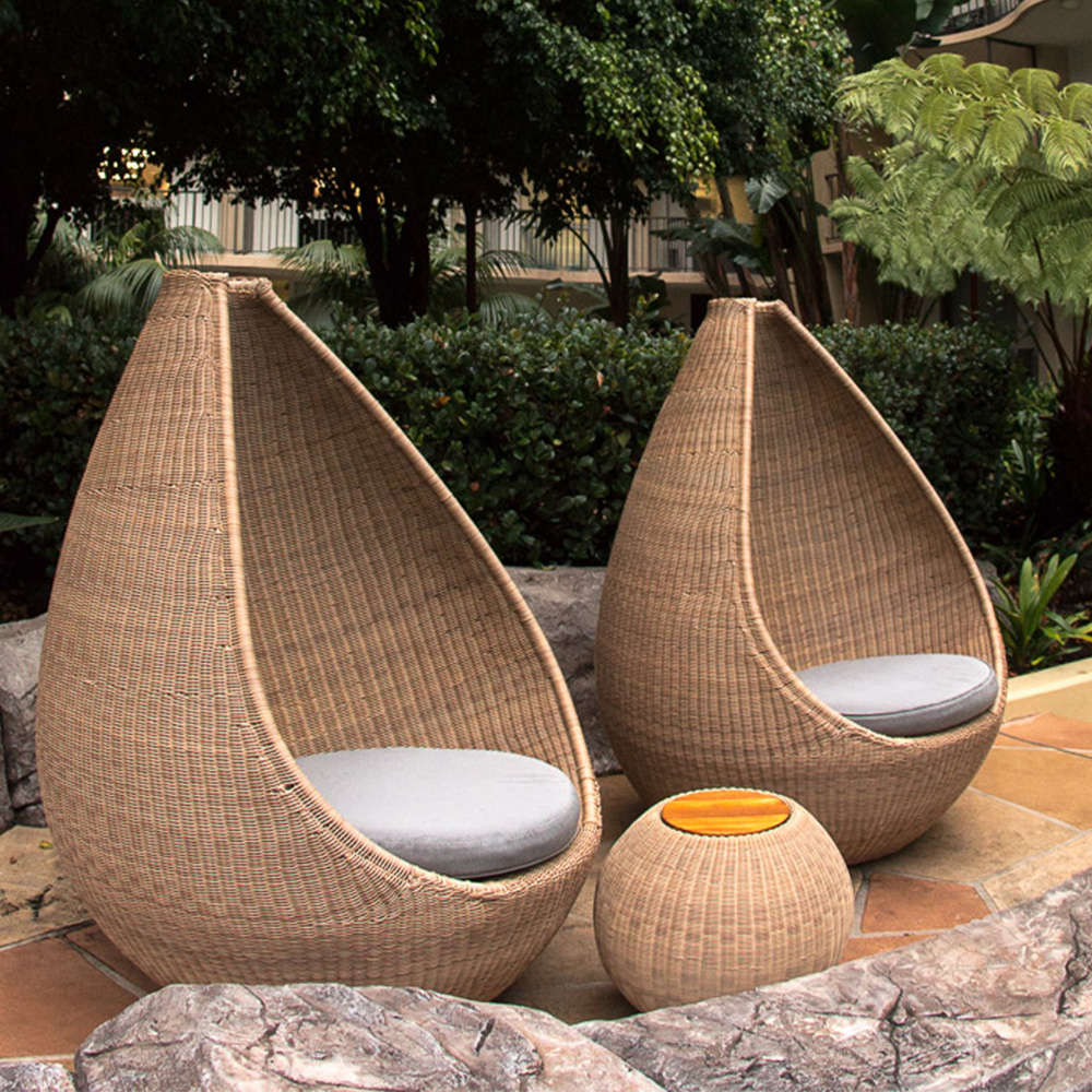 Jane_Hamley_Wells_JETSET_DOVJSN_modern_indoor_outdoor_round_side_tables_teak_top_woven_sphere_base_natural_color_lifestyle_2-2.jpg