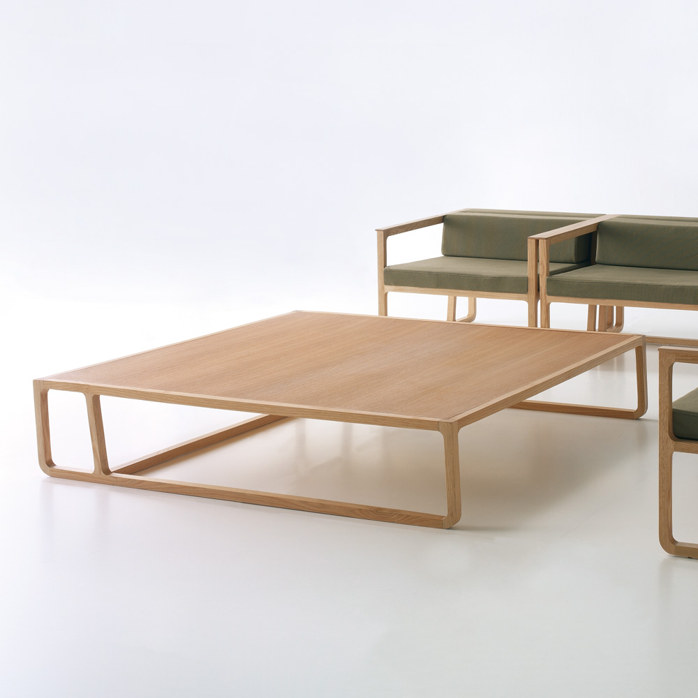 Jane_Hamley_Wells_EFE_5-068_A_modern_square_coffee_table_wood.jpg