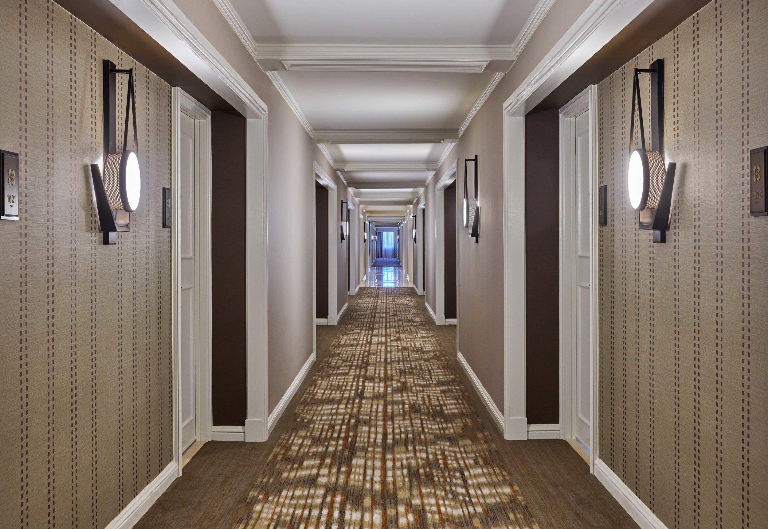 Parker-Torres-Design-TheWhitley_Hallway.jpg