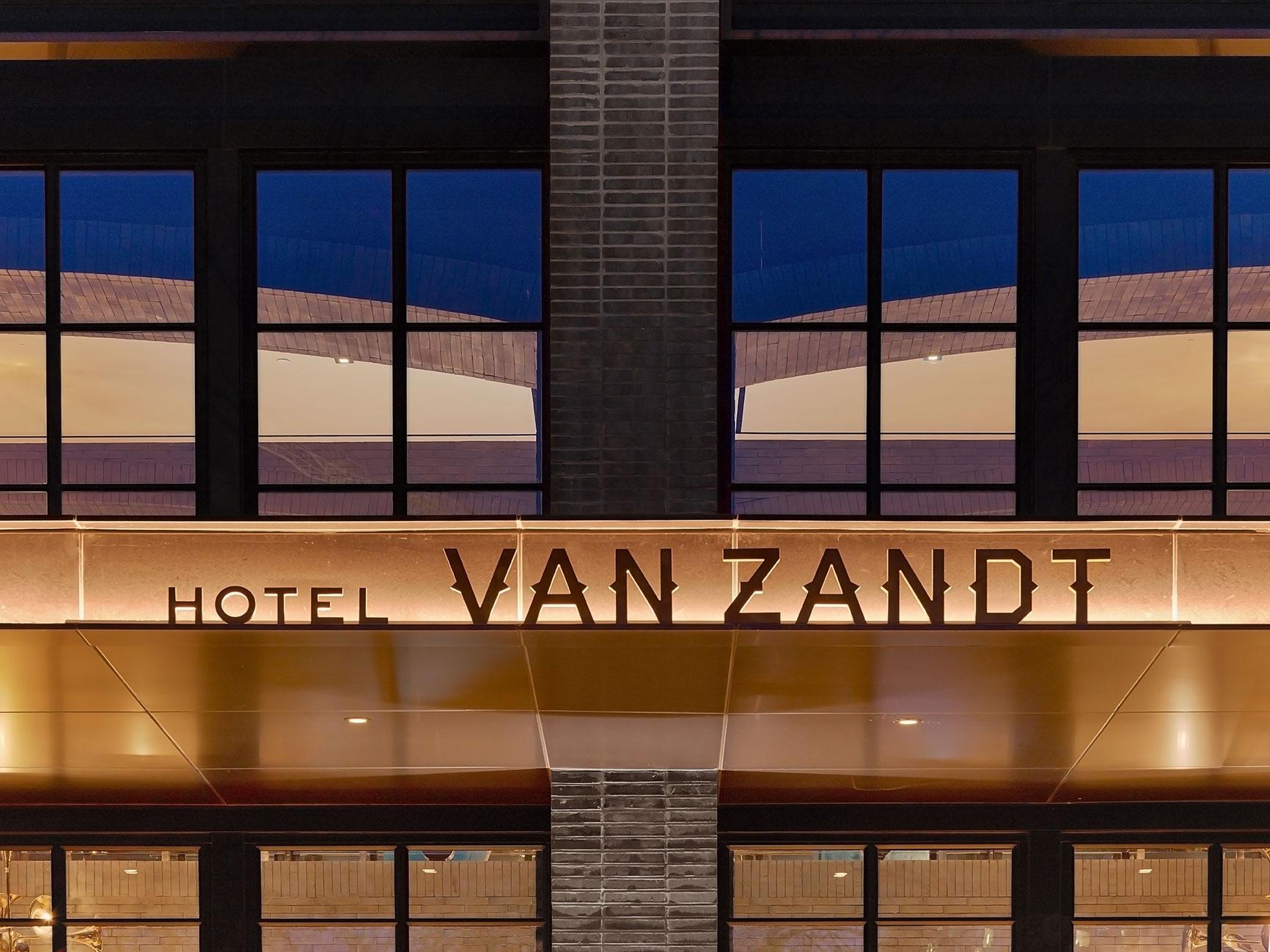 Van-Zandt-Hotel-Austin-2015-(2).jpg