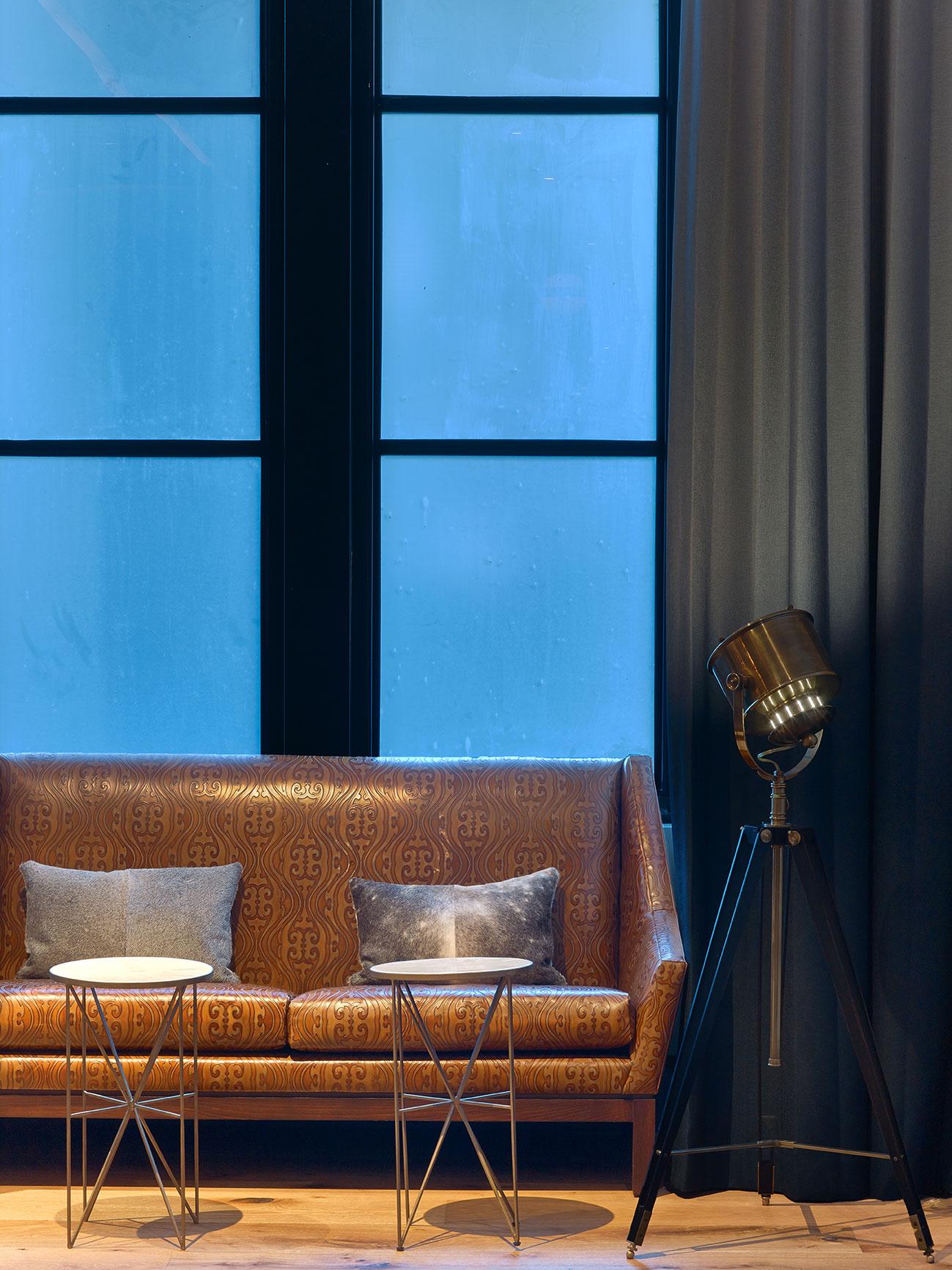 Van-Zandt-Hotel-Austin-2015-(44).jpg