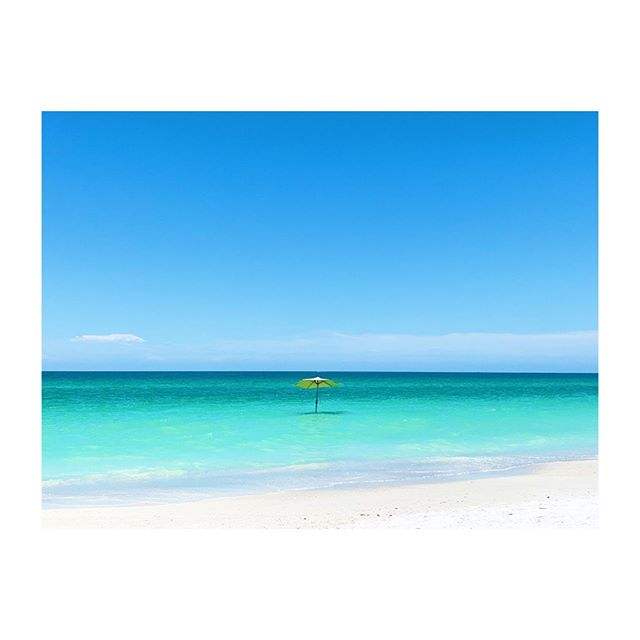Monday Blues... . . . . .  #happymonday #mondayblues #florida #blueskies #turquoisewater #beachlife #lovefl #annamariaisland #summervibes