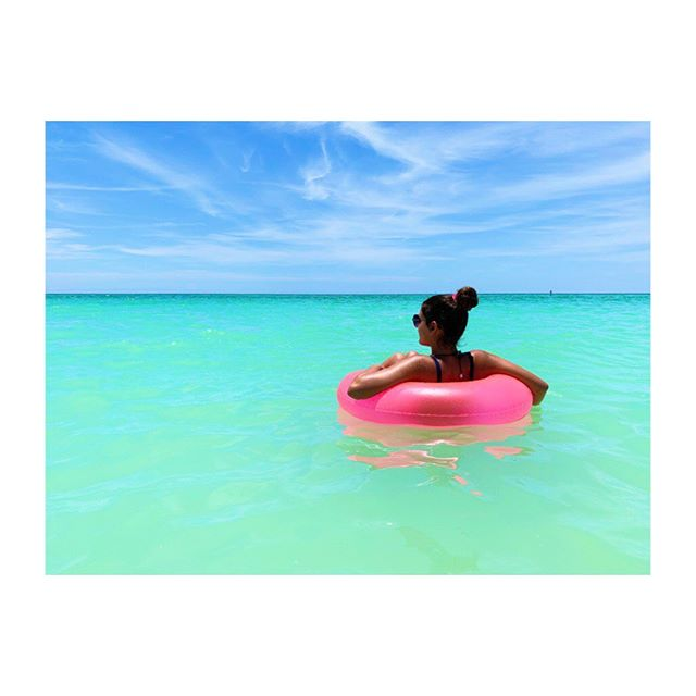 Happiness comes in waves... . . . . .  #tbt #summervibes #summerof19 #beach #beachlife #float #beachphotography #myhappyplace #paradise #florida #annamariaisland #jennifergriffinphotography
