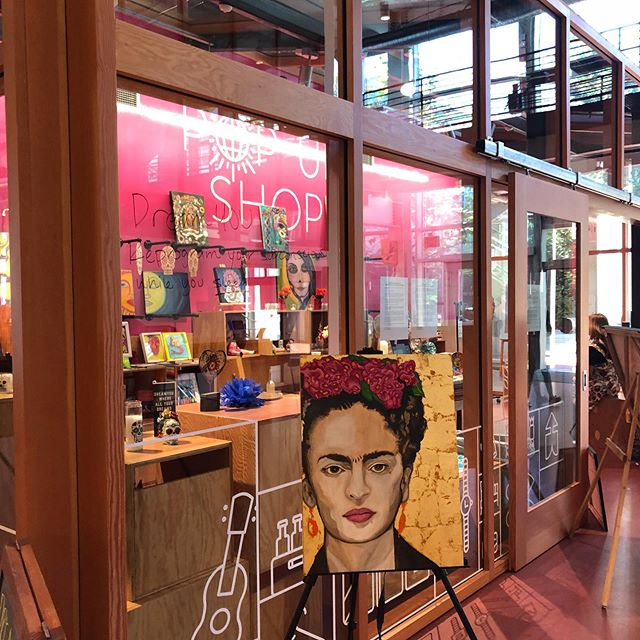#goldenfrida made her debut at Facebook headquarters today for a popup shop... She will be back to @tertuliacoffee soon as she has another stop Saturday at @vivafrida_sj this weekend! #VivaFrida @sandiafria #tertuliacoffee #sanchezcontemporary #fridakahlo #art #latinaartist