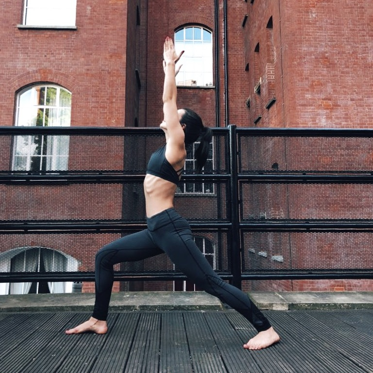 hmfyoga_warrior_1_yoga_pose