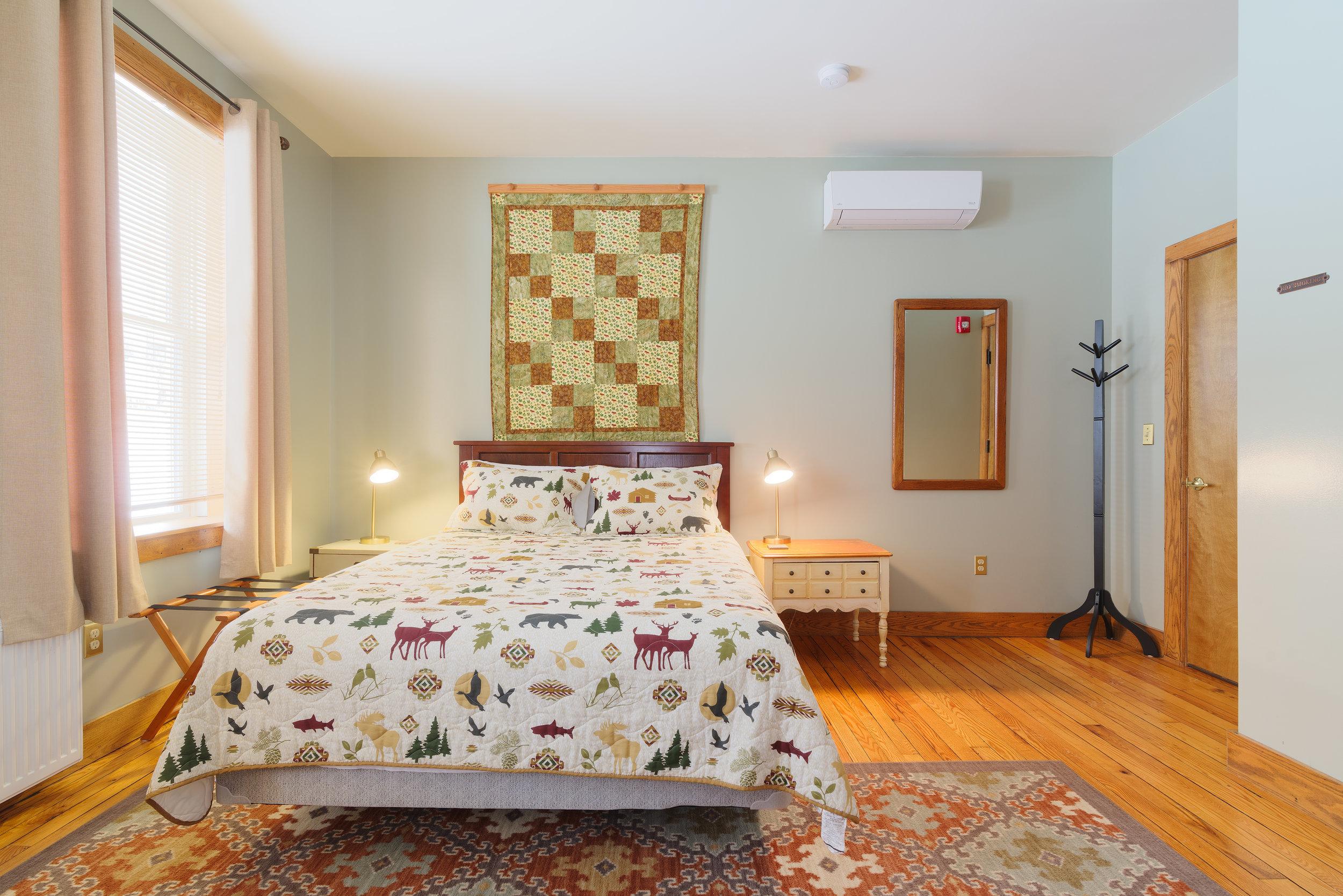 Room-203-3.jpg