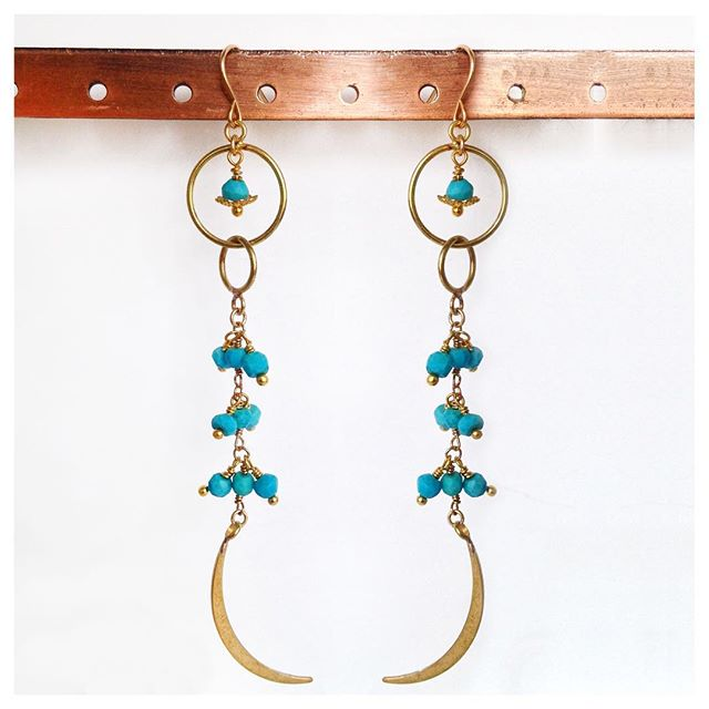 Huntress earrings in Turquoise