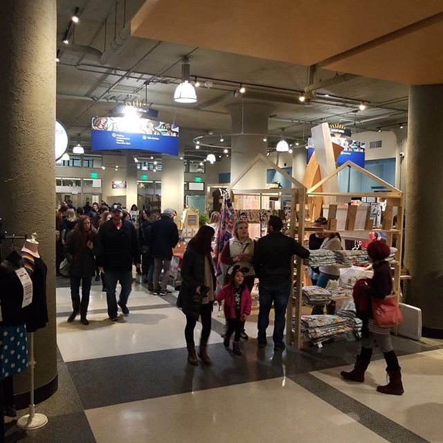 Lots of great shoppers out here for our first night of No Coast! We're  here tonight until 8pm and tomorrow the 8th from 9 to 5!  #nocoastcraft #nocoastcraftorama #shoplocalmn #minneapolis #midtownglobalmarket #handmademn #shopmn