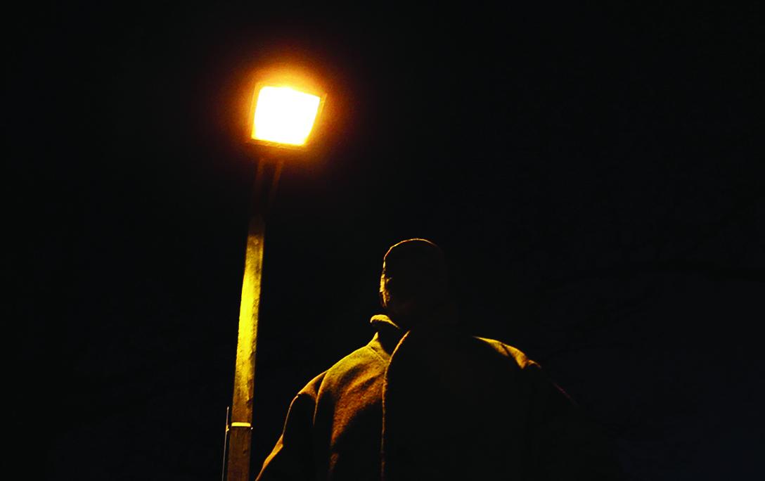 terror_still_lamp.jpg