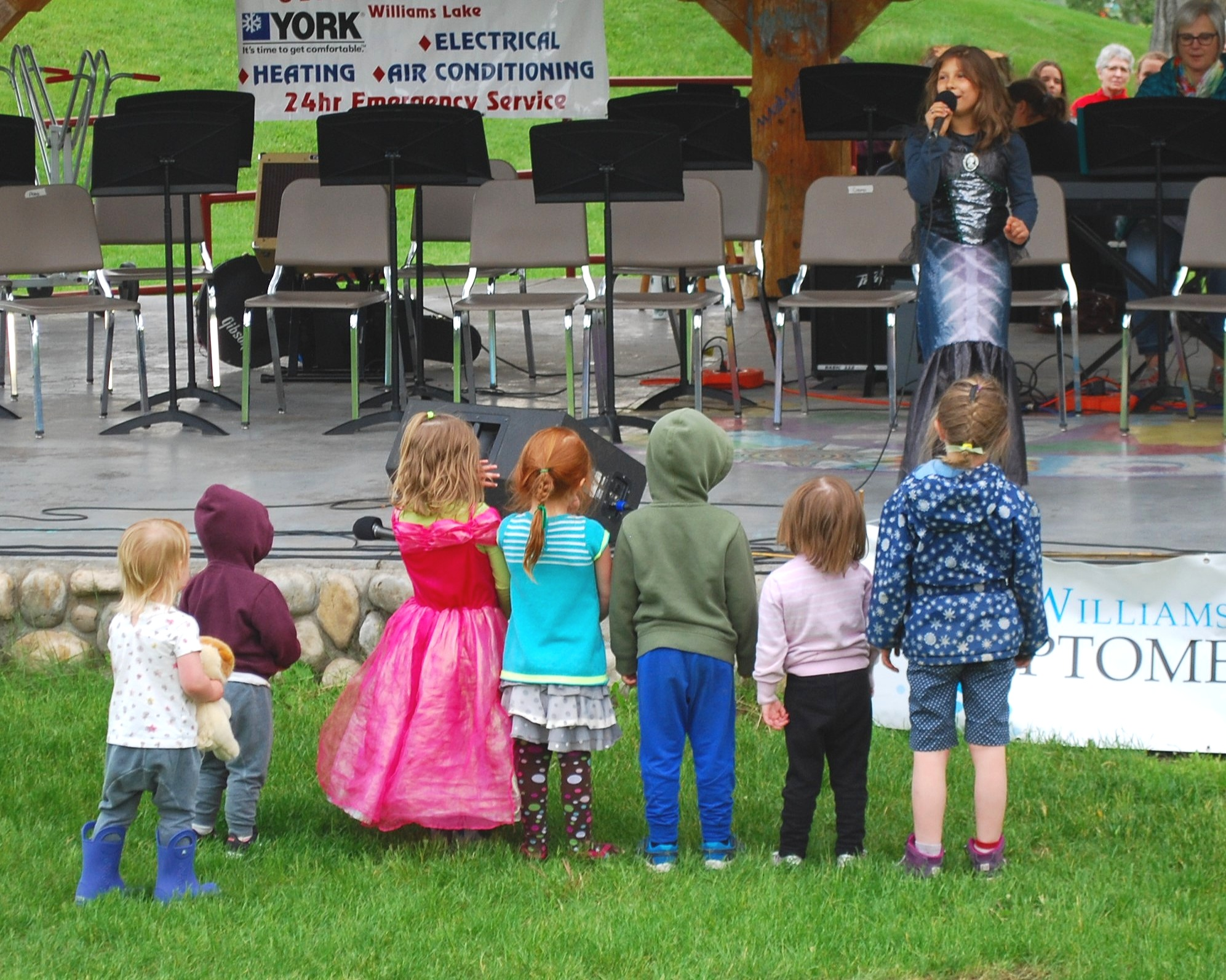 Eloise Hobi wows young audience members with her performance from A Little Mermaid last year. See her again at Boitanio Park, Sunday June 16.