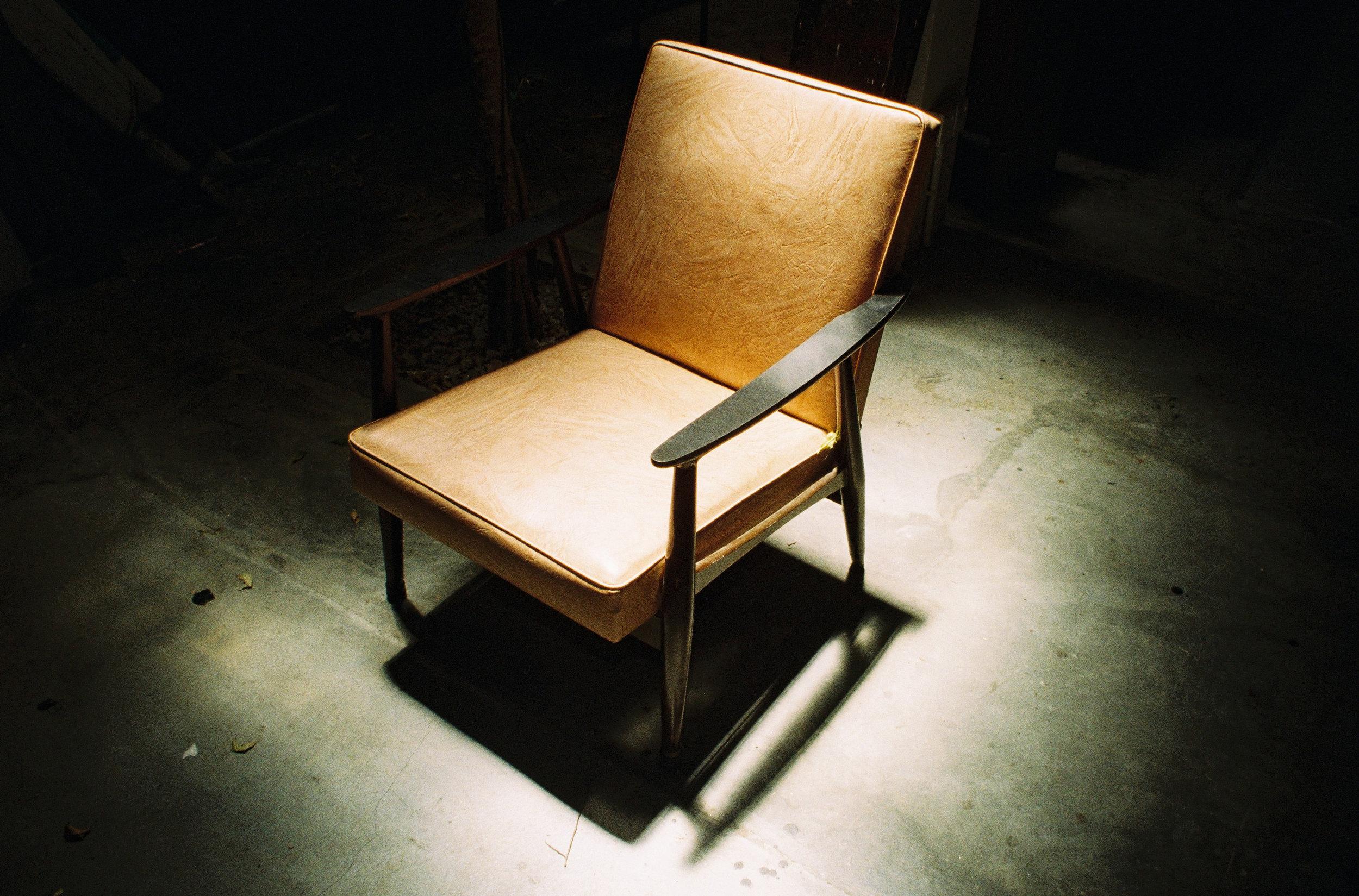SILENCE IN SITTING ALONE